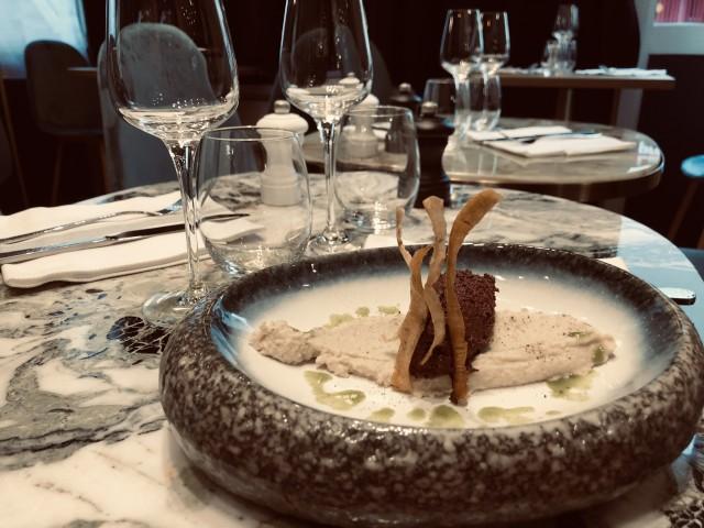 Chez Max et Nico Crème d'artichaut truffé et boudin noir